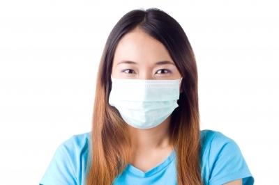 Doktor s maskom ( Foto: FreeDigitalPhotos)