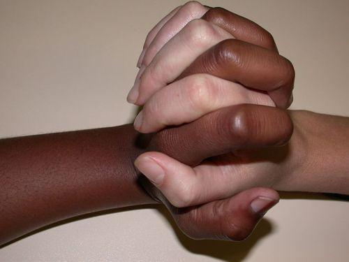 Svi su ljudi jednaki (Izvor: Wikimedia commons)